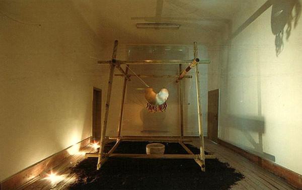 Götter-Dämmerung-Installation 1998
